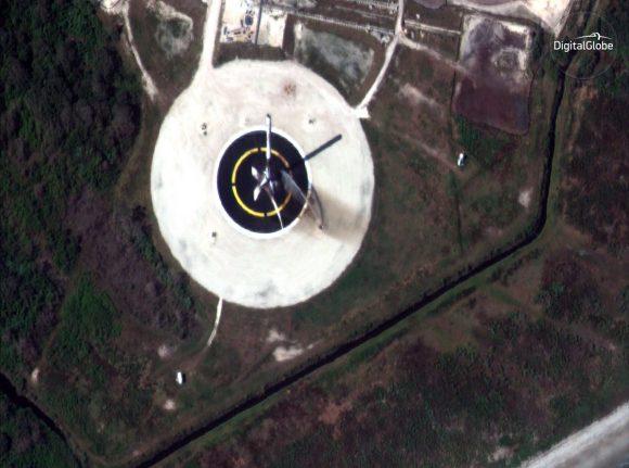 Detalle de la imagen anterior (DigitalGlobe).