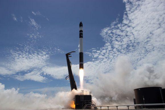 Primer lanzamiento orbital del Electron (Rocket Lab).