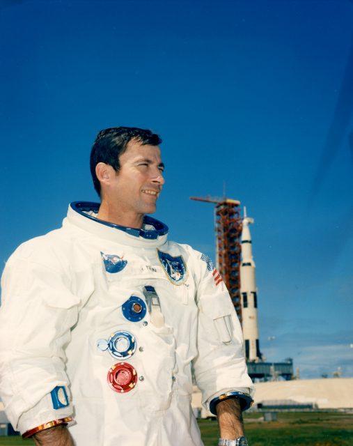 Young antes del Apolo 10 (NASA).