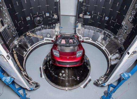 """Otra vista de la """"carga inútil"""" (SpaceX)."""