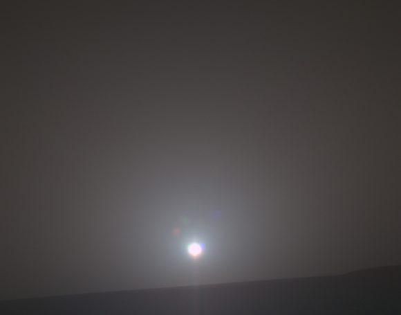 Amanecer en el cráter Endeavour visto por Oppy en su sol 4999 (NASA/JPL).