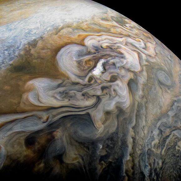 7 febrero 8.200 km (NASA/JPL-Caltech/SwRI/MSSS/Kevin M. Gill).