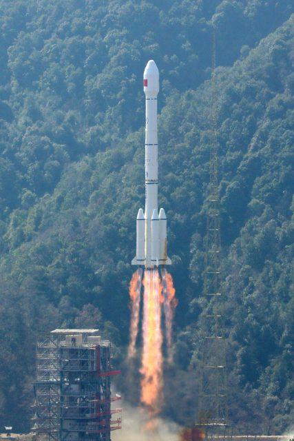 Lanzamiento (Xinhua).