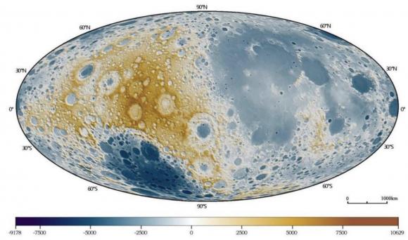 Mapa del relieve lunar obtenido por la Chang'e 1 (CNSA).