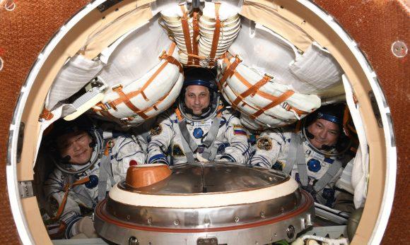 La tripulación de la Soyuz MS-07 antes de regresar (NASA).