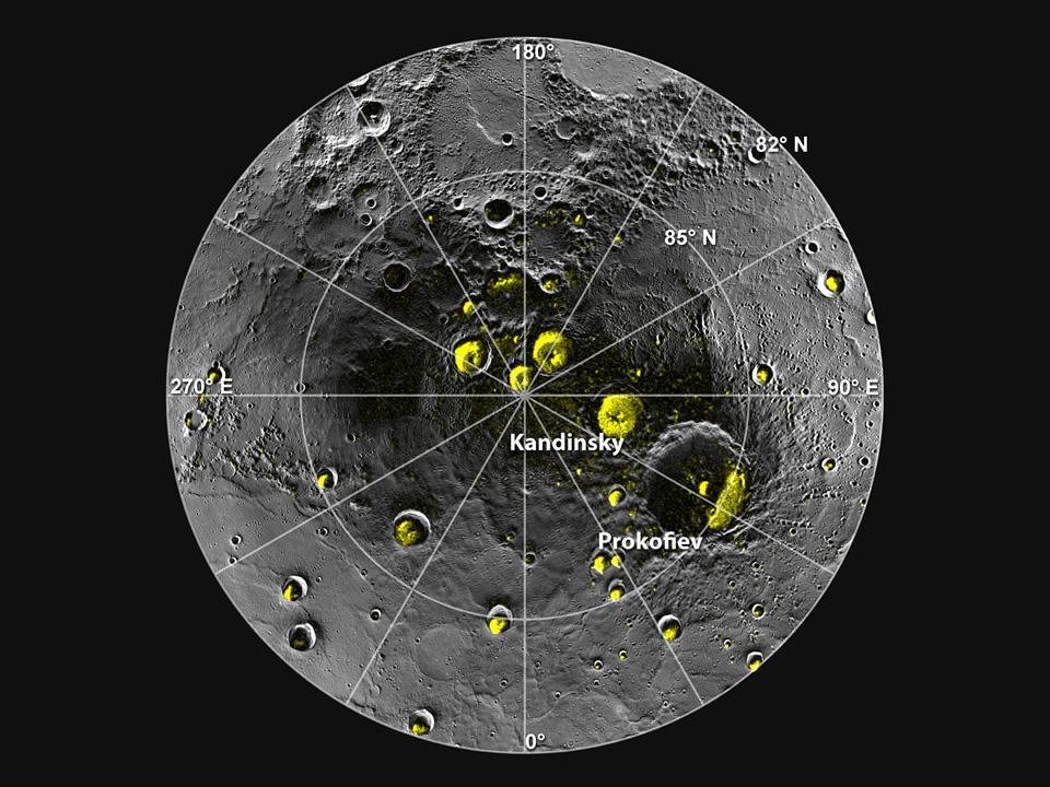 Resultado de imagen de Huellas de materia orgánica y hielo de agua En Mercurio