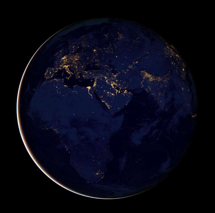 La Tierra De Noche Eureka
