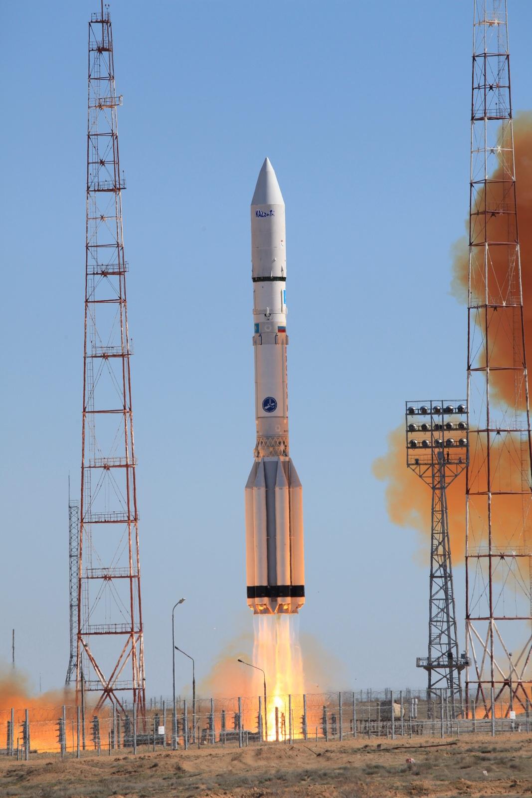 Luch 5 - KazSat 3
