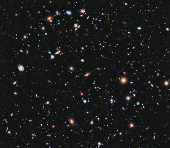 800px-Hubble_Extreme_Deep_Field_(full_resolution)