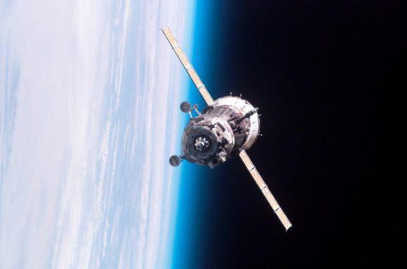 Desacoplamiento de la Soyuz TMA-12M (NASA).