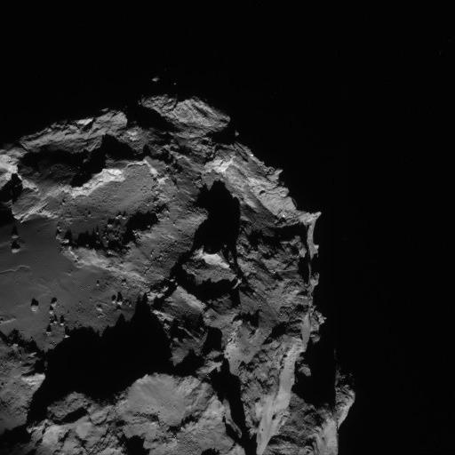 Comet_on_23_August_2014_-_NavCam