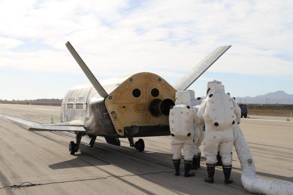 El OTV-3 tras aterrizar (Boeing).