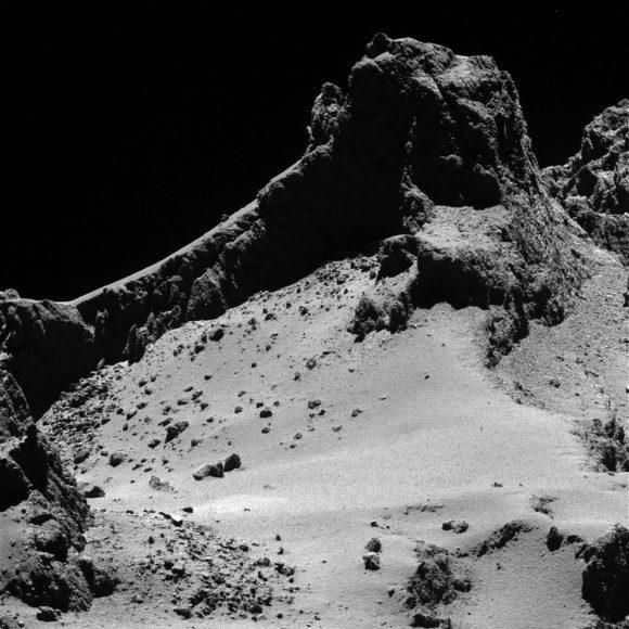 El cometa Churyumov-Gerasimenko visto por la cámara OSIRIS (ESA/OSIRIS).