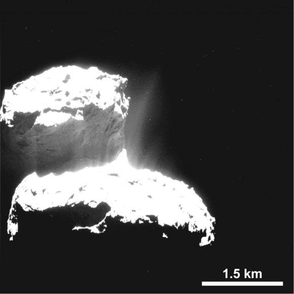 Actividad del núcleo vista por OSIRIS en septiembre de 2014 (Sierks et al.).