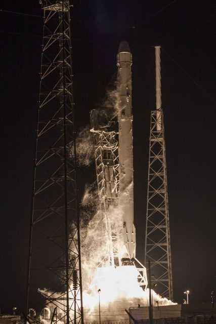 crs5_launch_outside_vertical_2