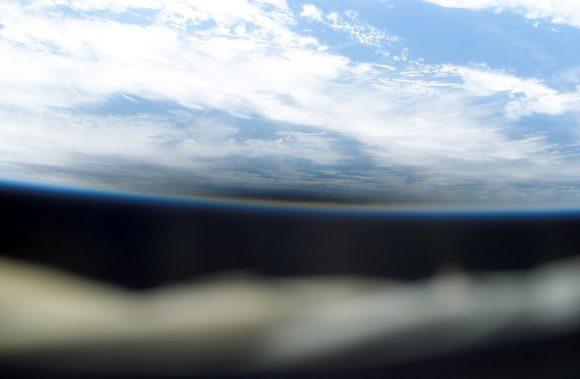 Eclipse del 29 de marzo de 2009 visto desde la ISS (NASA).