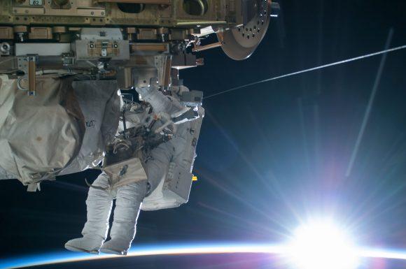 Terry Virts durante la EVA-29 (NASA).