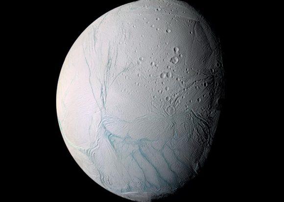 Encélado (NASA/JPL).