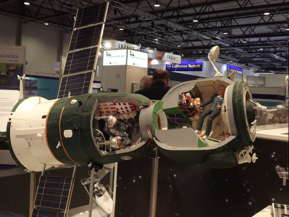 Maqueta de una Soyuz (DLR).