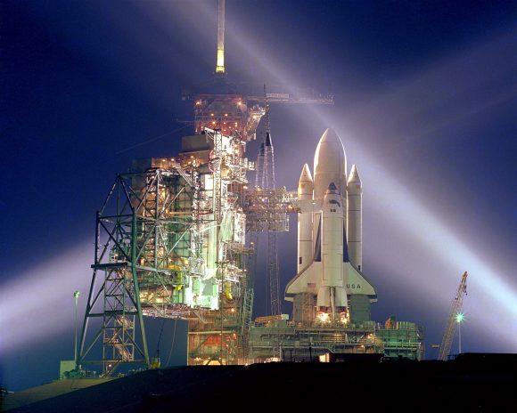 El Columbia antes de su vuelo inaugural en 1981 (NASA).