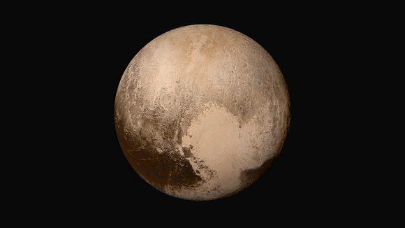 Plutón visto a 450 000 km de distancia por la cámara LORRI (NASA/JHUAPL/SwRI).