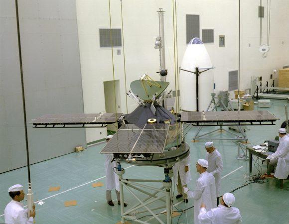 La Mariner 4 lista para el lanzamiento (NASA/JPL).
