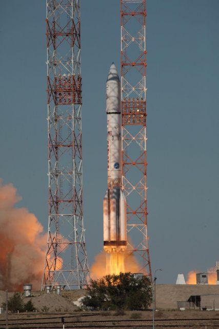 Lanzamiento del Inmarsat-5 F3 (ILS).