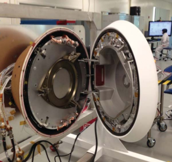 La cápsula SRC completa (NASA).