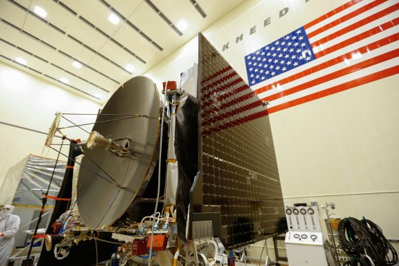 Prueba de los paneles solares de OSIRIS-REx (NASA).