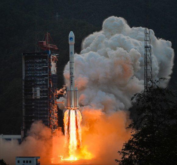 Lanzamiento del Beidou 20 (Xinhua).