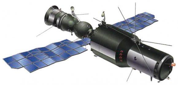 Diseño final de una estación OPS con una nave Soyuz acoplada.