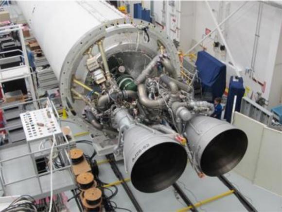 Los dos motores NK-33 de la primera fase del Antares (NASA).