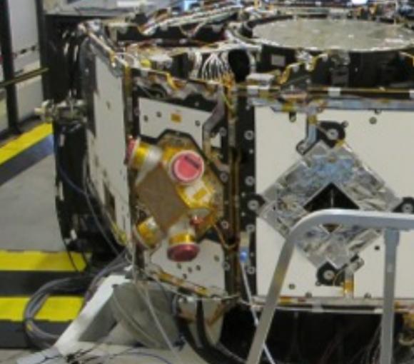 Detalle de uno de los conjuntos de micropropulsores coloidales suministrados por la NASA (ESA).