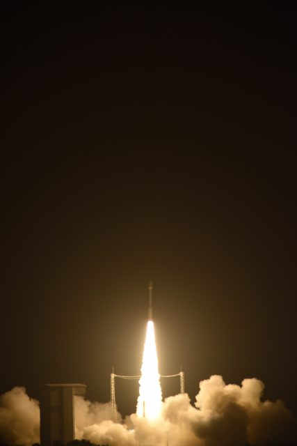 Liftoff_of_Vega_VV06_carrying_LISA_Pathfinder3ESAStephaneCorvaja2015