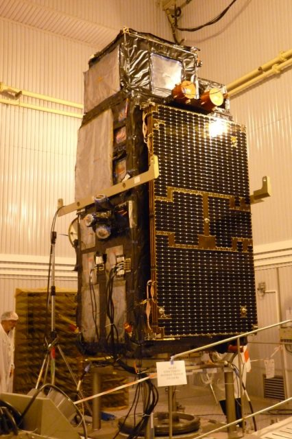 Sentinel-3A-erected-in-the-MIK-clean-room