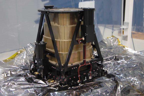 El detector de neutrones ruso LEND de la sonda LRO (NASA).