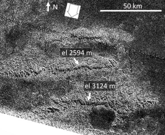 Los montes Mithrim, los más altos de Titán (NASA/JPL).