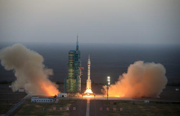 Lanzamiento de la Shenzhou 11 (Xinhua).