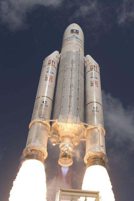 Lanzamiento de la misión VA233 (Arienspace).