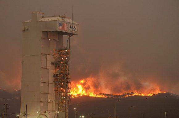 Incendio del pasado septiembre que obligó a posponer el lanzamiento (ULA).
