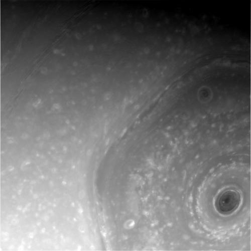 El hexágono visto el 4 de diciembre (NASA/JPL-Caltech/Space Science Institute).