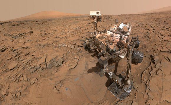 Curiosity en las faldas de Aeolis Mons (NASA/JPL-Caltech)