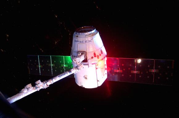 Separación de la Dragon de la ISS (NASA).