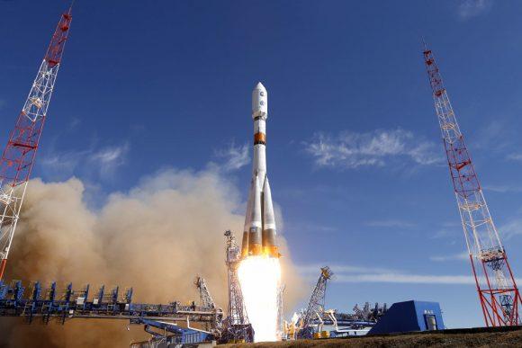Lanzamiento del EKS 2 (MOR).