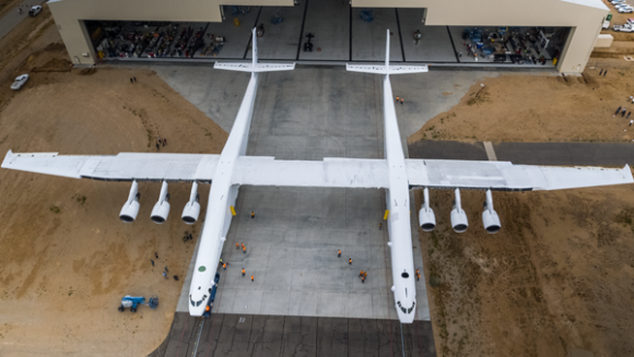 Stratolaunch desde arriba (Stratolaunch Systems).