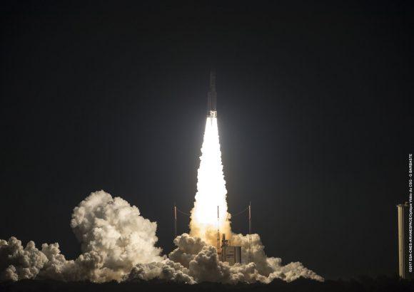 Lanzamiento de la misión VA237 (Arianespace).