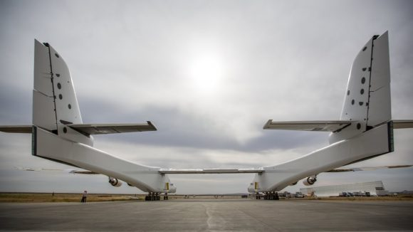 Colas gemelas (Stratolaunch Systems).