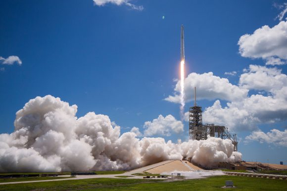 Lanzamiento de la Dragon SpX-12 (SpaceX).