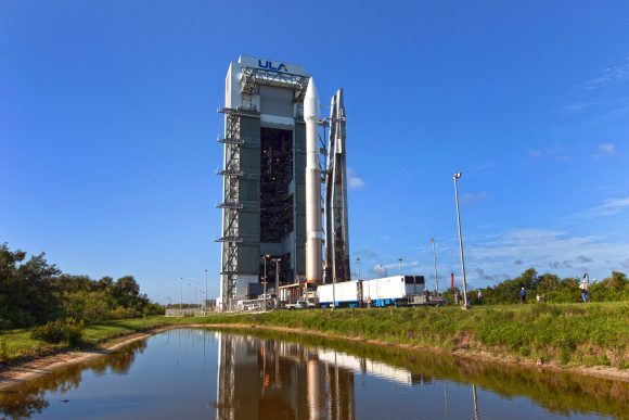 TDRS-M Atlas V Rollout from VIF to Pad 41