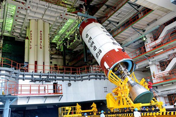 Segunda etapa del PSLV C39 (ISRO).